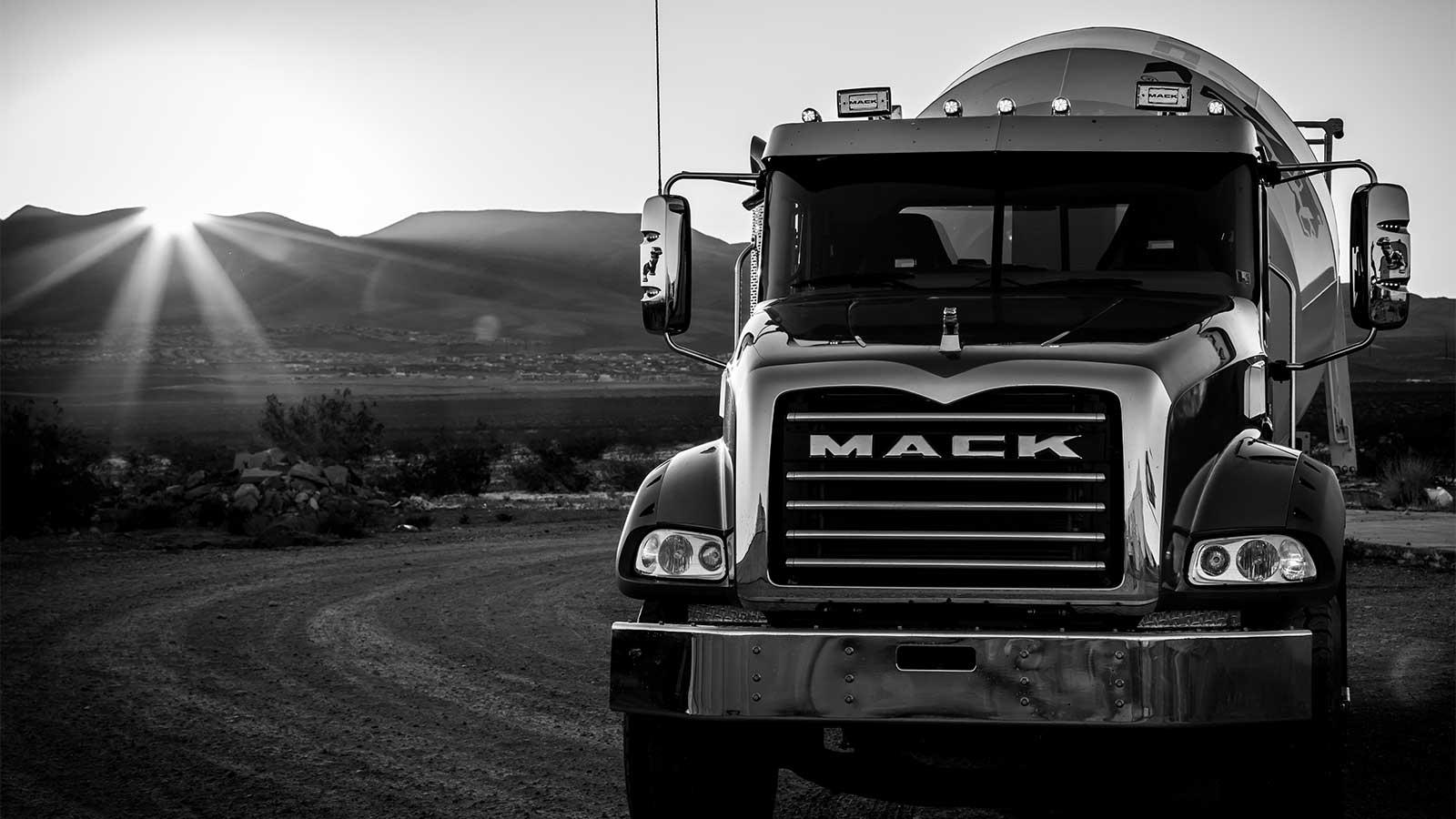 Mack Command Steer